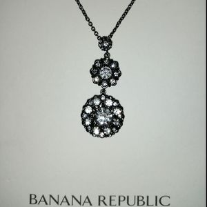 NWT Banana Republic Necklace